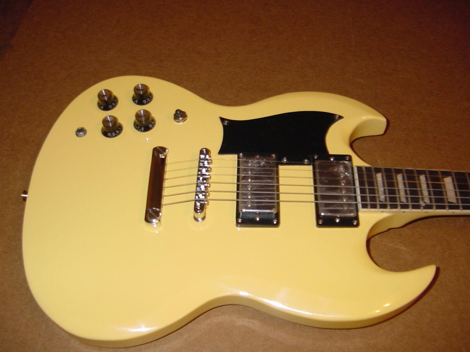 New String Guitar Vintage Blonde Set Neck Bag