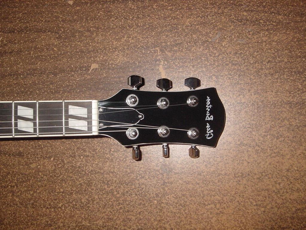 New White String Glen Gig Bag